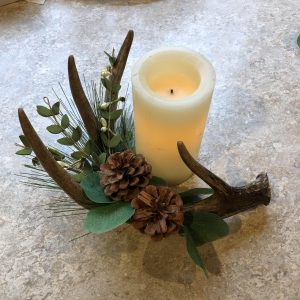 Fall Themed Deer Antler Centerpiece or Table Déco...
